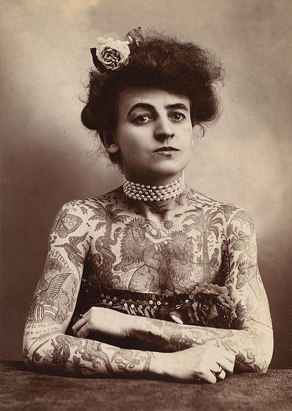 tattoed-woman1