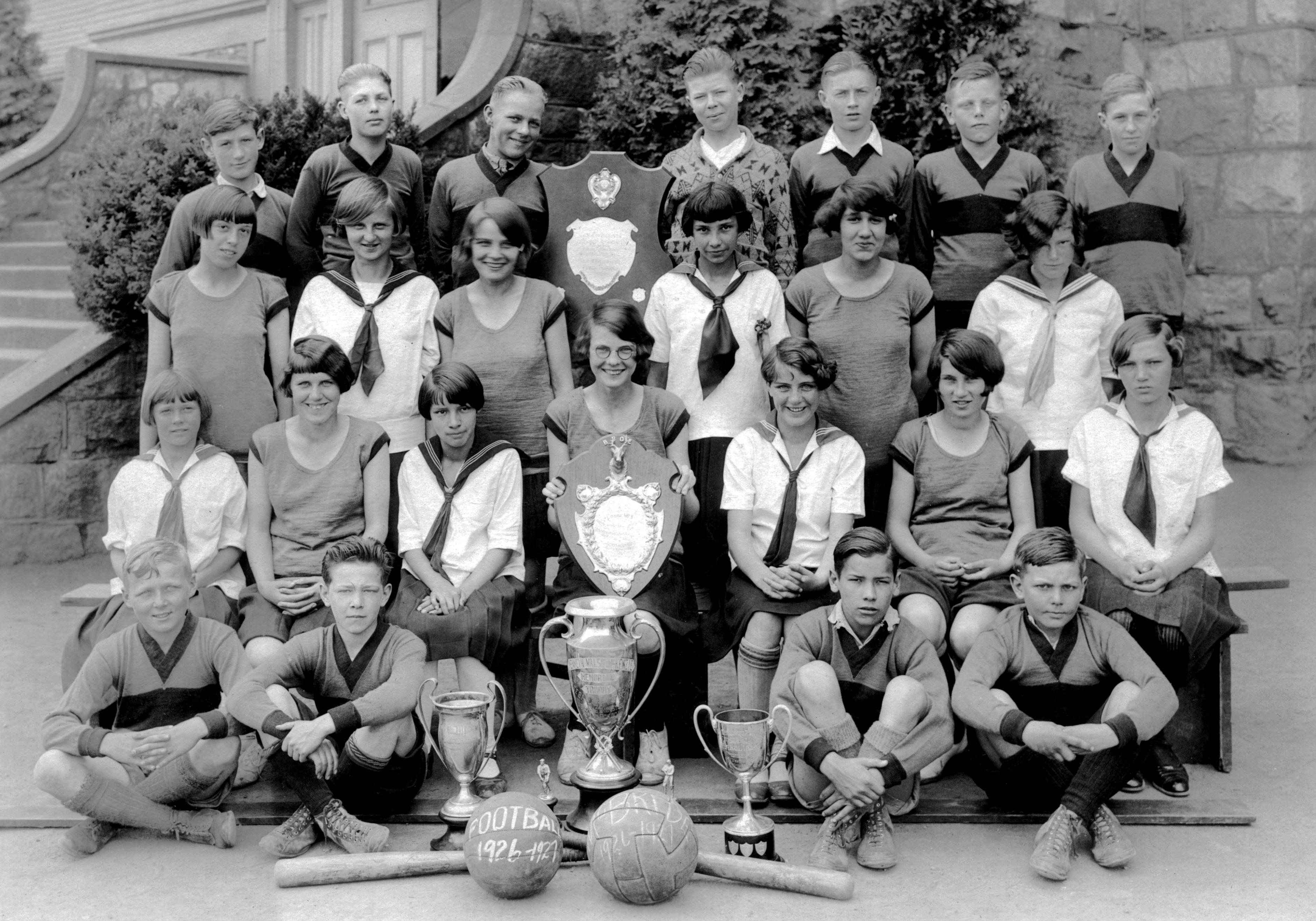 mcbride-school-teams-1926-27