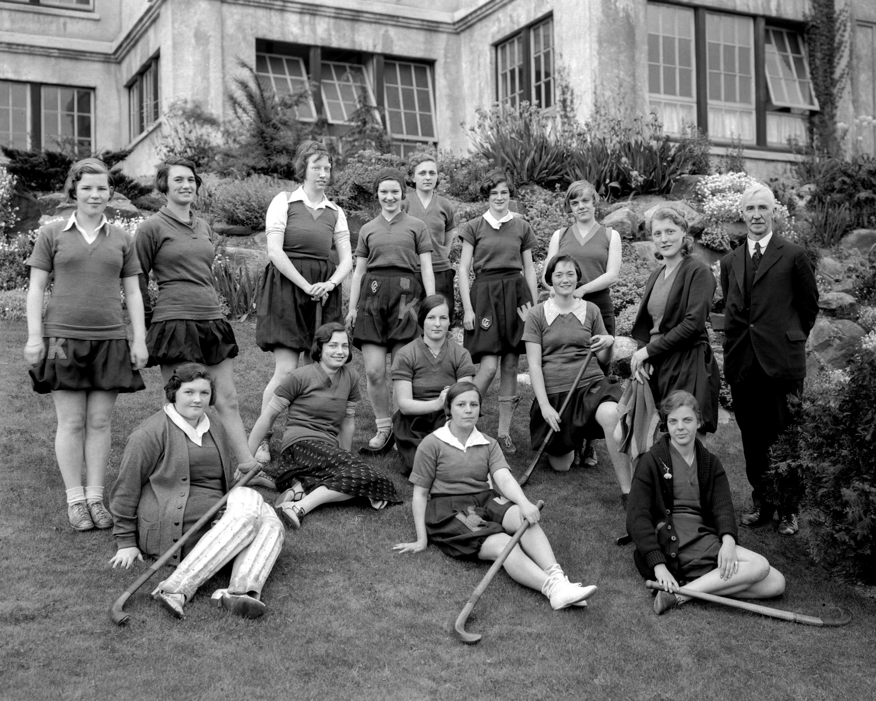 f4e2c2fa-c1ff-kitsjunior-girls-grasshockey1931