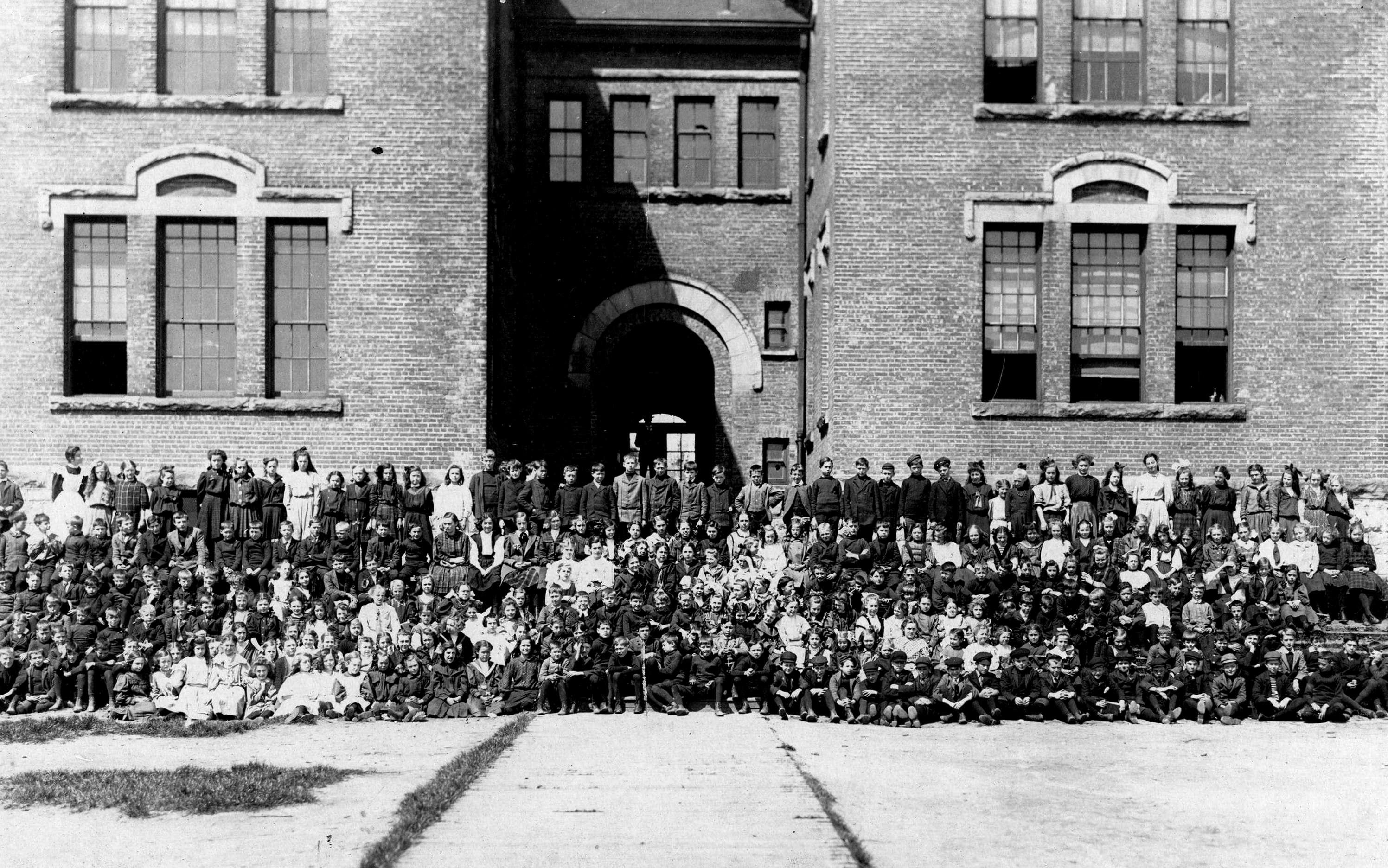 dawson-school-1905-or-06